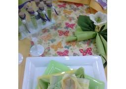 "Chemin de table papillons ""fantasia vert"""